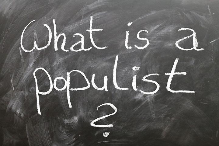 Momento populista e momento Polanyi