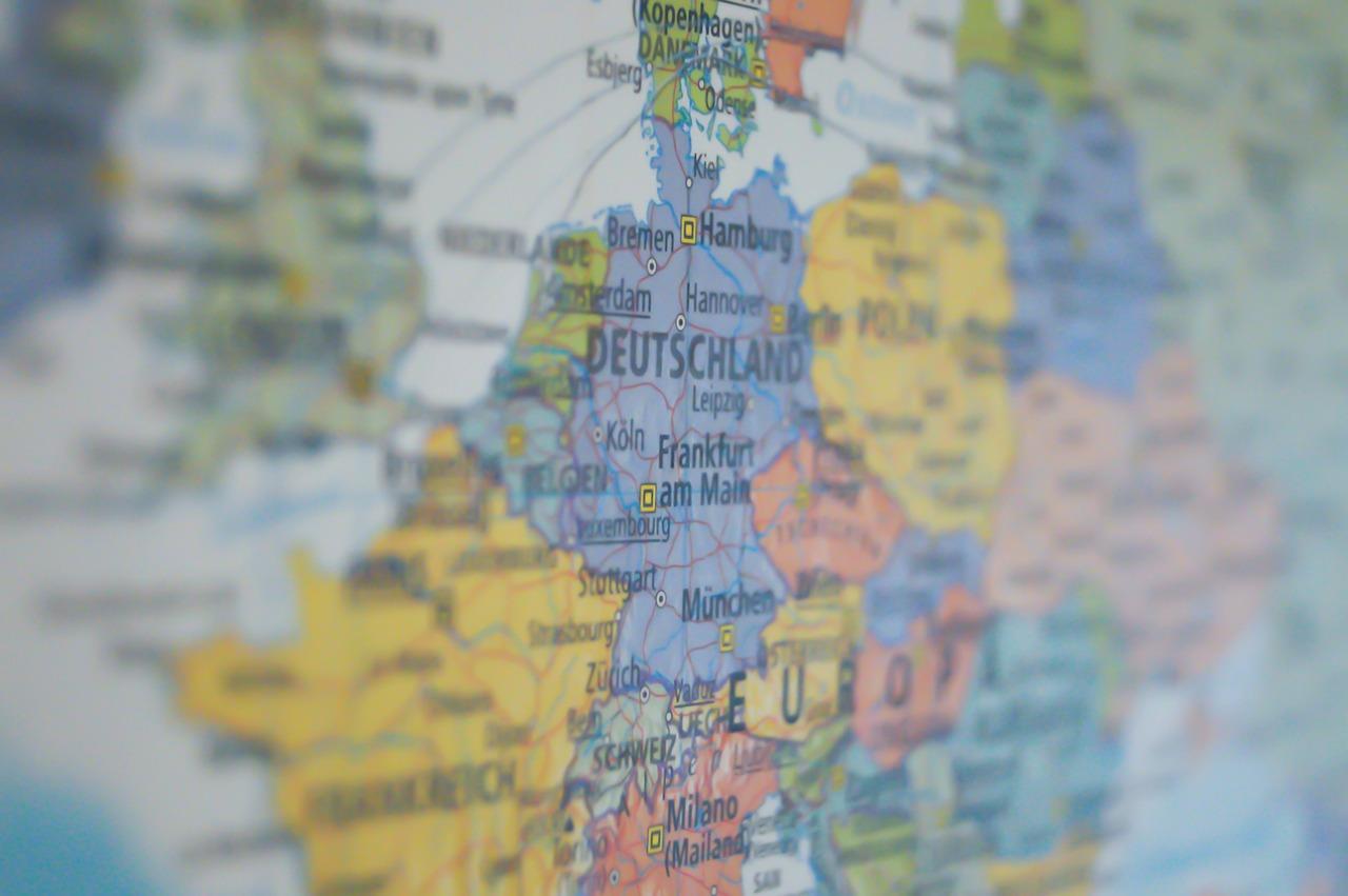 L'Europa: tra divertissement e nichilismo